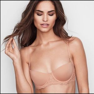 Victoria's Secret Very Sexy Unlined Push Up Bra